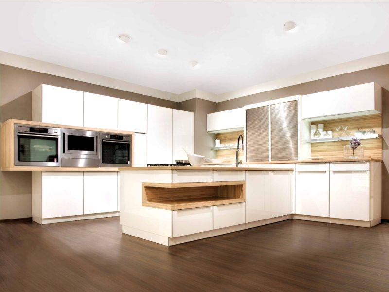 gro z gig kuechen beleuchtung zeitgen ssisch die besten wohnideen. Black Bedroom Furniture Sets. Home Design Ideas